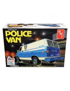 AMT AMT1123 Skill 2 Model Kit Chevrolet Police Van NYPD New York City Police Dept 1 by 25 Scale Model