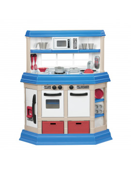 American Plastic Toys Cookin' Kitchen with 22 accessories