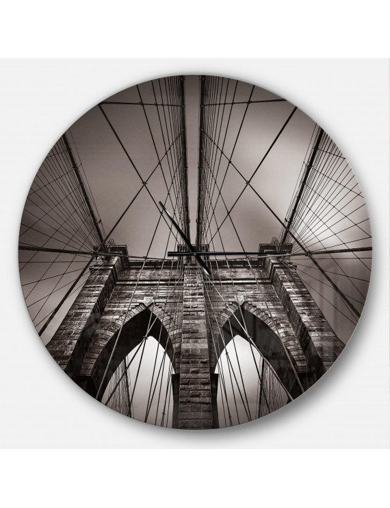 Designart 'Brooklyn Bridge in NYC USA' Metal Wall Clock