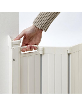 "BabyDan Guard Me Auto Retractable Safety Gate, 22"" - 35"", White"