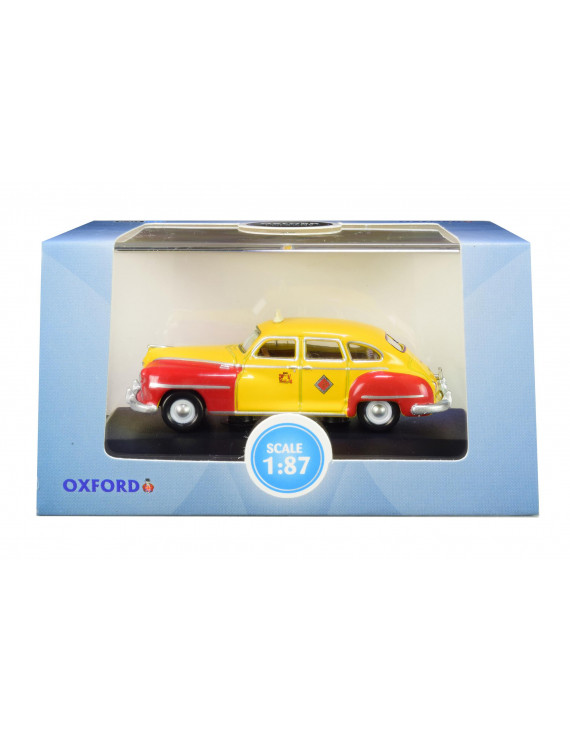 """1946-1948 DeSoto Suburban """"San Francisco Taxi"""" """"The Godfather"""" Movie 1/87 (HO) Scale Diecast Model Car by Oxford Diecast"""