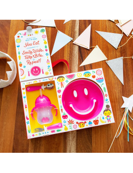 Munchkin Be Happy Toddler Dining Gift Set, Includes Suction Plate, Straw Cup and Utensil Set, Pink