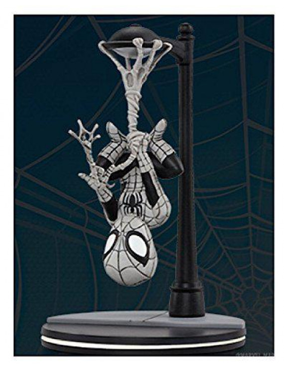 Marvel's Spider-Man Q-Fig Figure by Qmx Loot Crate June 2017 Exclusive Webslinger Noir Variant, Spider-Man Q-Fig is 5.61 including the base. By Quantum Mechanix From USA
