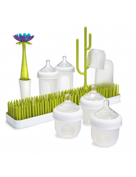 Boon Nursh Feeding Gift Set With Patch Drying Rack, Forb Bottle Brush and Poke Accessory, 10 Pieces