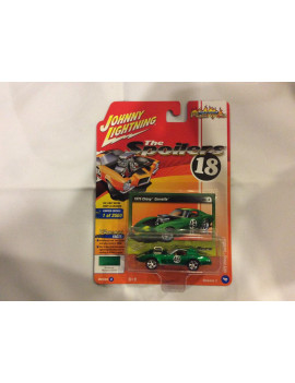 Johnny Lightning 1:64 Scale Green 1975 Chevy Corvette Diecast Car