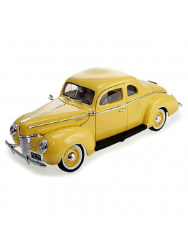 1 by 18 1940 Ford Coupe Deluxe Diecast Model Car, Yellow
